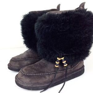 UGG Rainier Eskimo Boots 8@